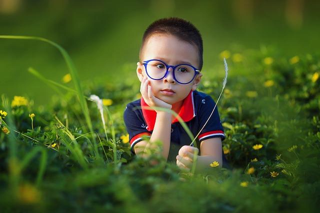 brýlatý kluk