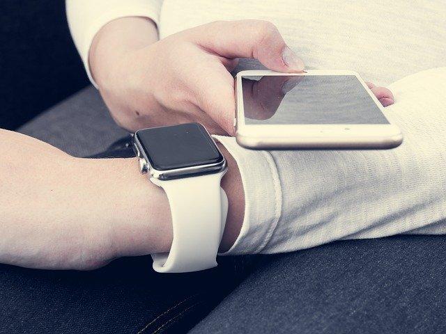 spárování hodinek a telefonu